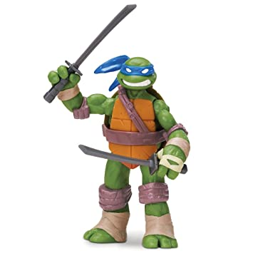 Teenage Mutant Ninja Turtles 14090501 - Muñeco de Leonardo ...