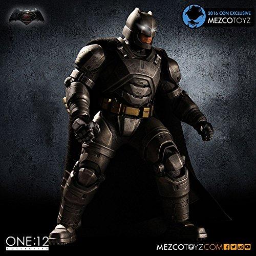 Mezco Toyz ONE:12 COLLECTIVE DC Comics Dawn of Justice Armored Batman 2016 NYCC Con Exclusive 1/12 Scale Figure ()