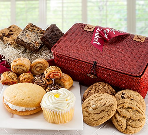 Dulcet Gift Baskets All Sweets and Treats Gourmet Pastry and Snacks Gift Basket (Treat Gifts)