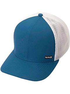 07ecd76c60c Amazon.com  Hurley Men s Milner Curved Bill Snapback Trucker Cap ...