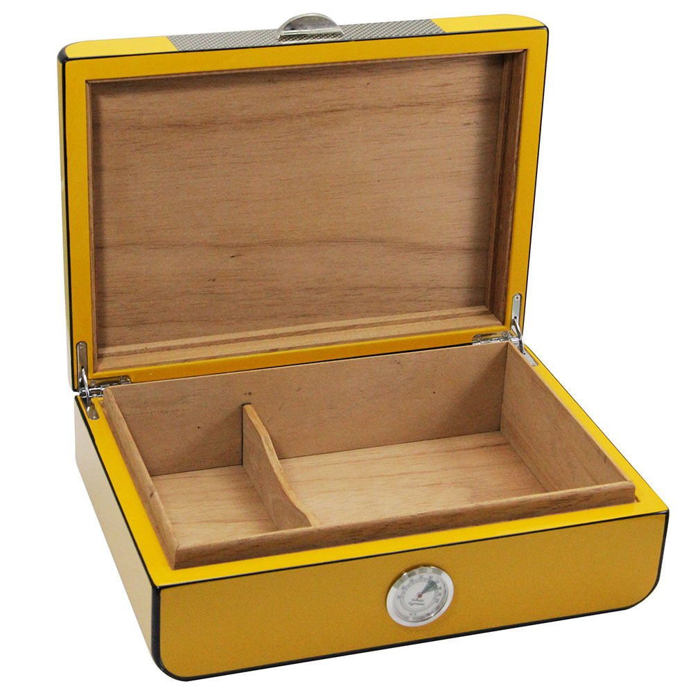 NEW Yellow Gloss Piano Finish Cedar Lined Cigar Humidor 30 Count