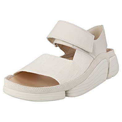 ae2c080aa25170 Clarks Originals Trigenic Evo S Mens Casual Sandals in Off White - 10 UK