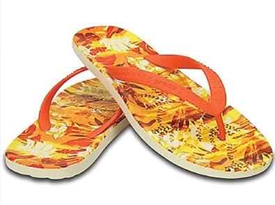 37aadde786fac Amazon.com  Crocs Unisex Adult Chawaii Tropical II Flip (Tangerine ...