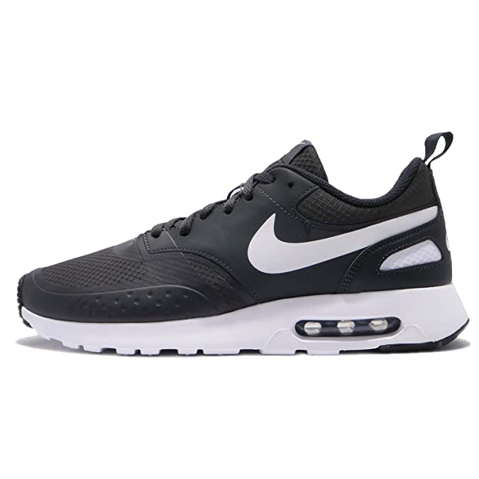 d8c4f2a145a NIKE Men s Air Max Vision Se Fitness Shoes  Amazon.co.uk  Shoes   Bags