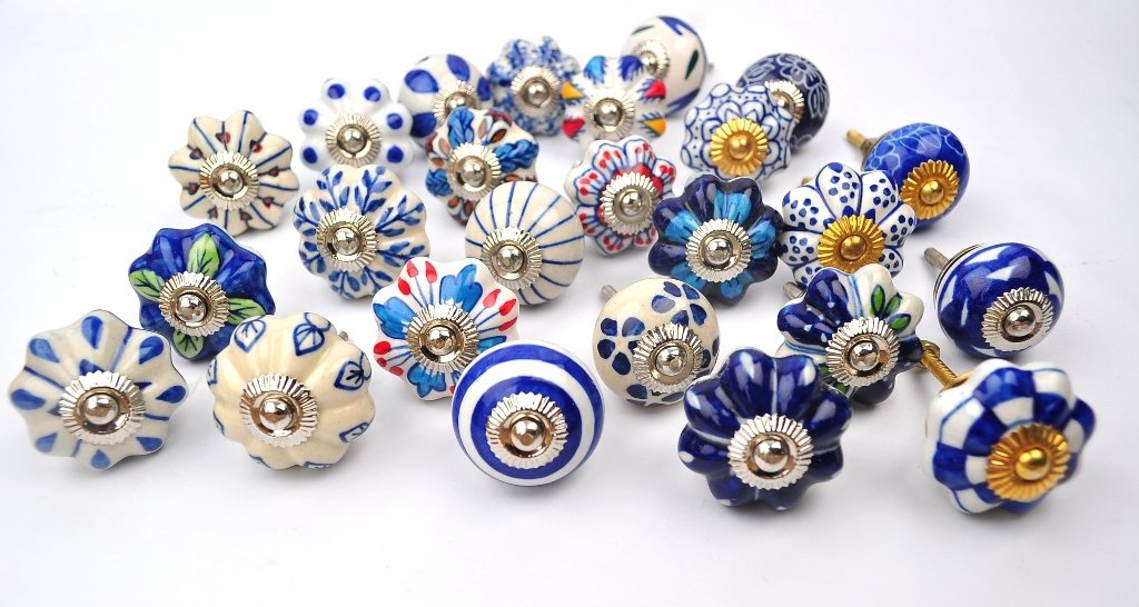 Set of 25 blue and white hand painted ceramic pumpkin for Painted ceramic cabinet knobs