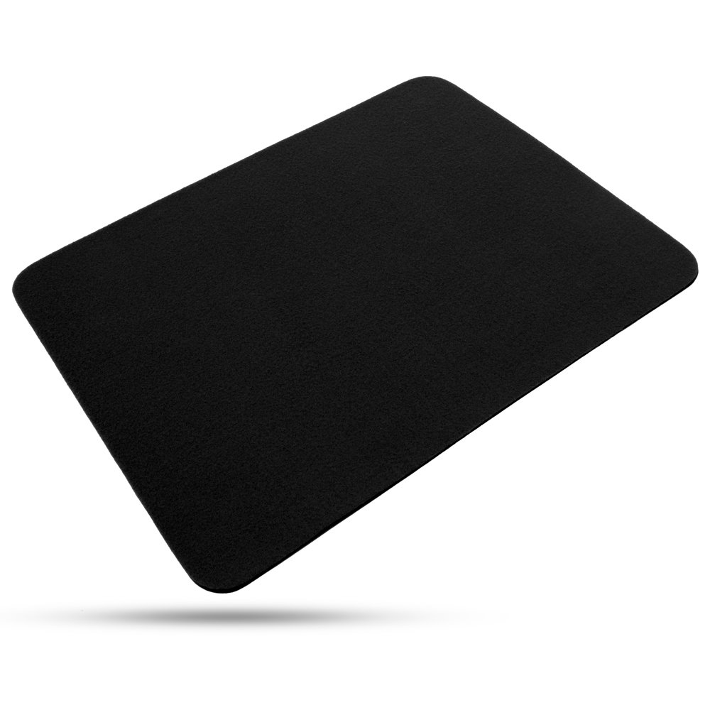 Black 17.75 x 14 Inches Magic Makers Close Up Performance Pad - Standard Size