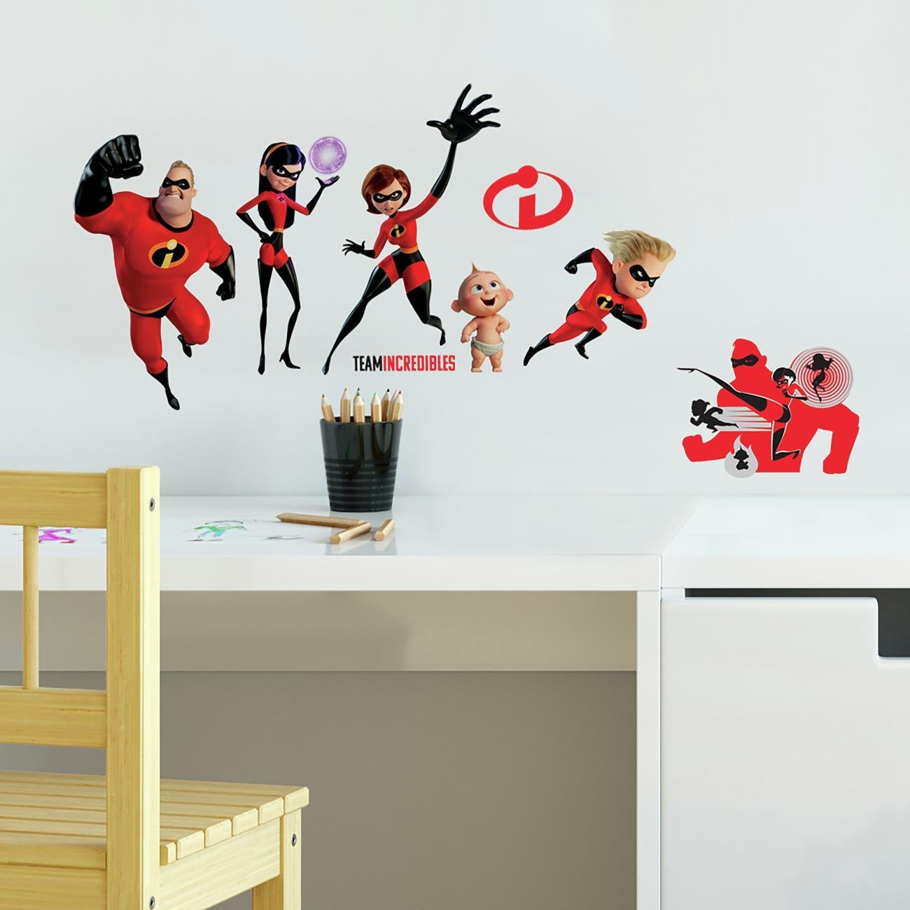 RoomMates Incredibles 2 Giant Peel and Stick Wall Decals York Wallcoverings RMK3800SCS