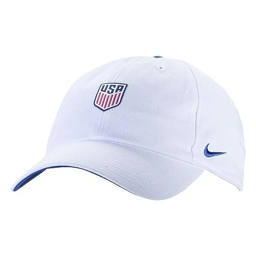 3416fbd670b Amazon.com  NIKE Mens USA U NK H86 Cap Core 881722-410 - Midnight Navy Midnight  Navy Sport Red  Sports   Outdoors