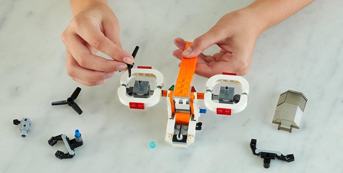 Juguemos Dron de exploración LEGO 31071: Amazon.es: Juguetes y juegos