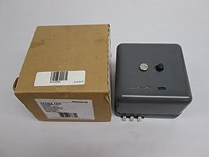 R4795A1016 120 Vac Primary Controls