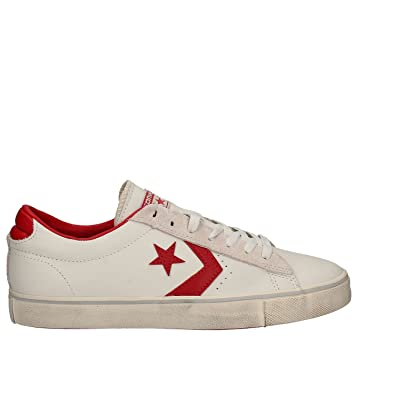 e8ff2f2e7e2b Converse Men s Pro Leather Vulc Ox Sneakers  Amazon.co.uk  Shoes   Bags