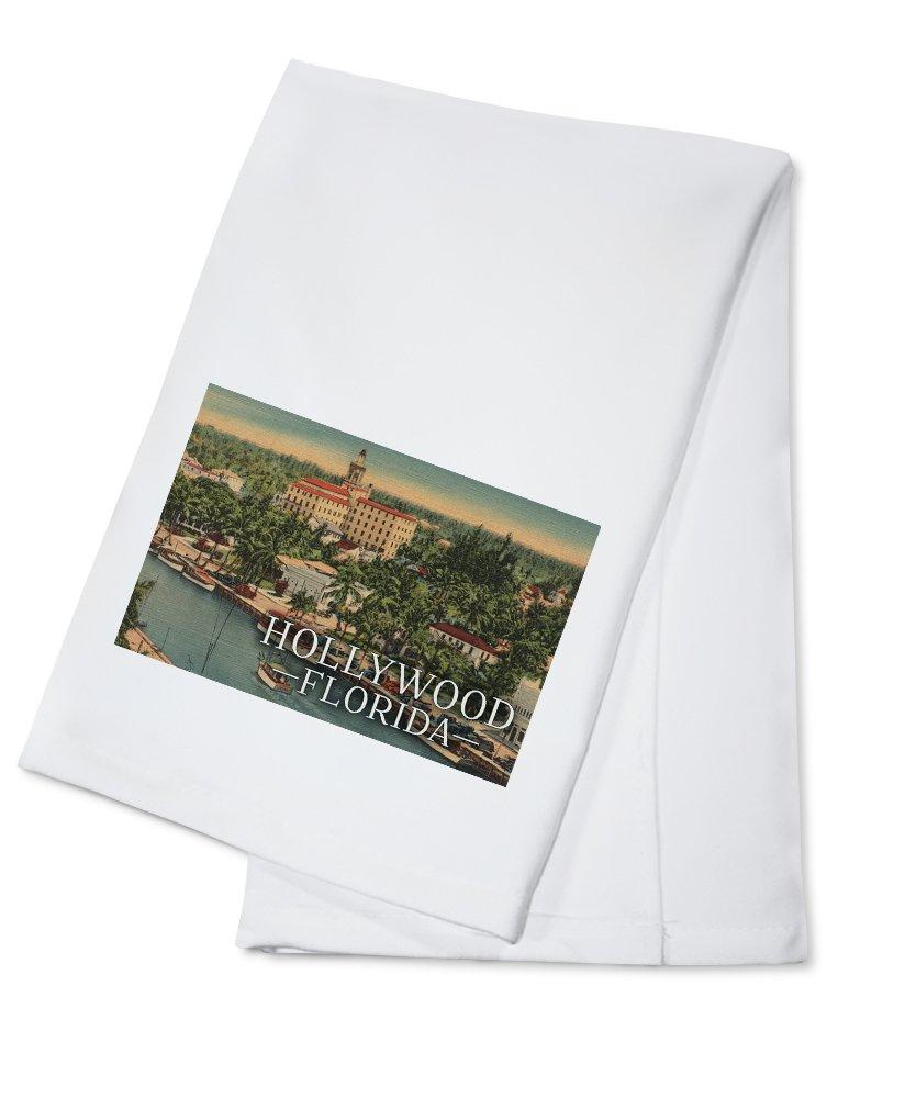Hollywood, Florida - Marina and Hotel - Vintage Postcard (100% Cotton Kitchen Towel)