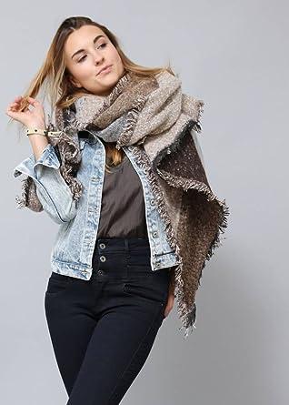 2c7071756cec37 Flauschiger Designer XXL-Schal für Damen by Sassyclassy | Weicher Oversize  Schal in Braun-