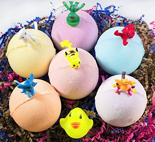 Organic Handmade Bath Bombs with Surprises for Kids – Natural and Safe Bombs with Essential Oils and Vitamins – Gender Neutral Toys Inside – Great Gift Set for Boys and Girls – 6 x 5 OZ