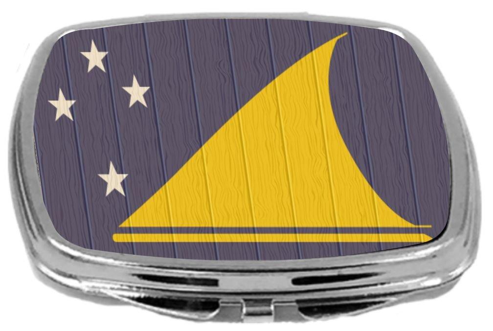 Rikki Knight Compact Mirror on Distressed Wood Design, Tokelau Flag, 3 Ounce