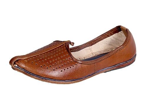 b4ba0506c4c Panahi Rajasthani Leather Ethnic Footwear Jutti Mojri for Men  Amazon.in   Shoes   Handbags