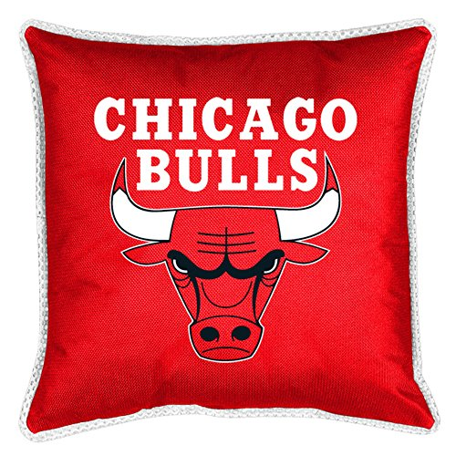 NBA Chicago Bulls Sidelines Toss Pillow, Bright Red, One Size Chicago Bulls Pillow