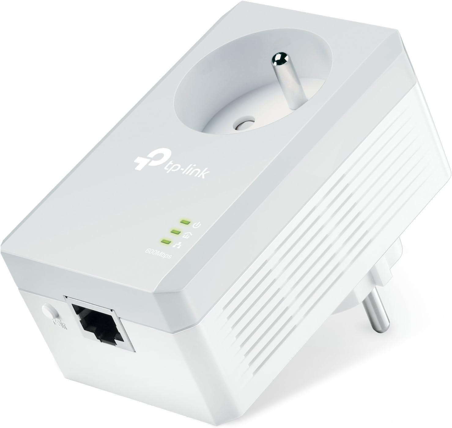 TP-Link TL-PA4015P CPL 600 Mbps Prise Int/égr/ée Version Fran/çaise 1 Port Fast Ethernet