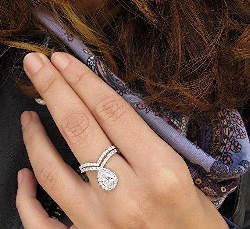Amazon Com Pear Shaped Foreve One Moissanite Engagement Ring Set