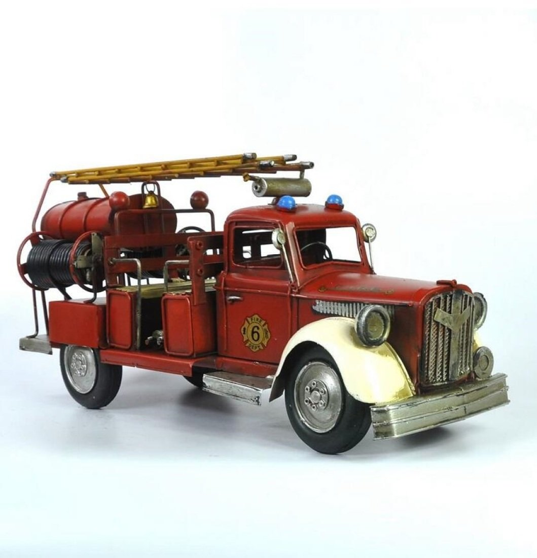 GL&G Retro Iron art Fire truck model High-end gift Home bar decoration Store display Tabletop Scenes Ornaments Collectible Vehicles,441620cm