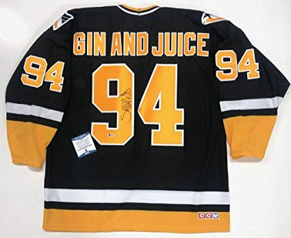 buy popular ea7fc 77b49 Snoop Doggy Dogg Signed Pittsburgh Penguins Gin And Juice ...
