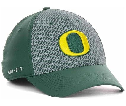 the best attitude 82a85 75854 NIKE Oregon Ducks NCAA Swoosh Flex Dri-FIT Stretch Fitted Cap Hat Green  Chain Maille