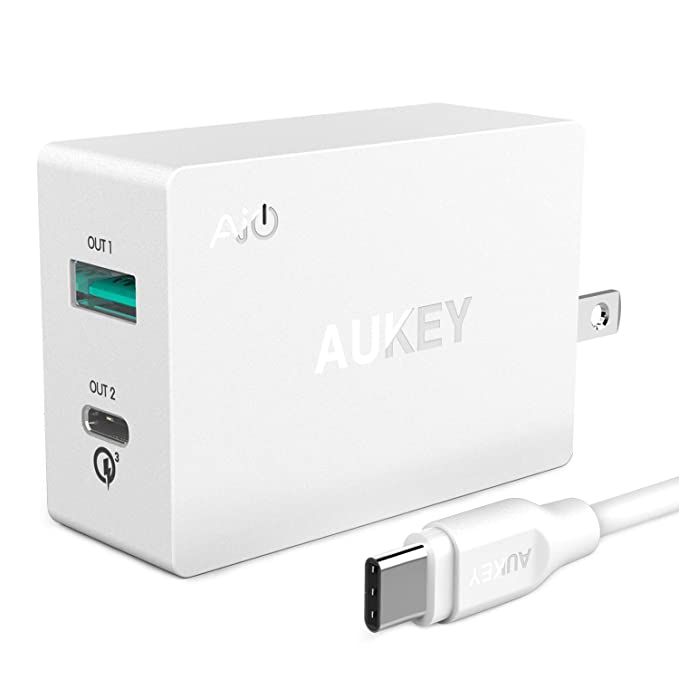 AUKEY Quick Charge 3.0 Cargador USB de Red 31.5W con Doble USB Puertos para Samsung Galaxy S9, iPhone XS, iPad, Google Pixel 2, LG, HTC y Otros ...