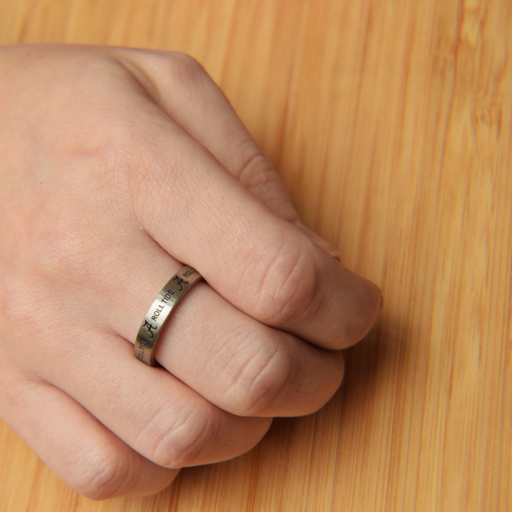 College Jewelry Washington Huskies Ring Ring Narrow Style 4MM Wide Band Full Logo