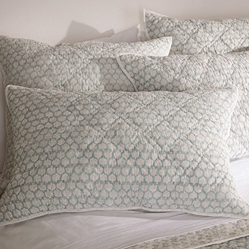(Ethan Allen Foulard Block Print Quilted Sham, Seaglass and White, Queen)