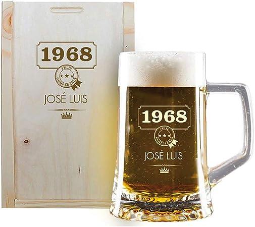 Calledelregalo Regalo Personalizado: Jarra de Cerveza grabada con su Nombre y año de Nacimiento en Estuche de Madera también Grabado: Amazon.es: Hogar