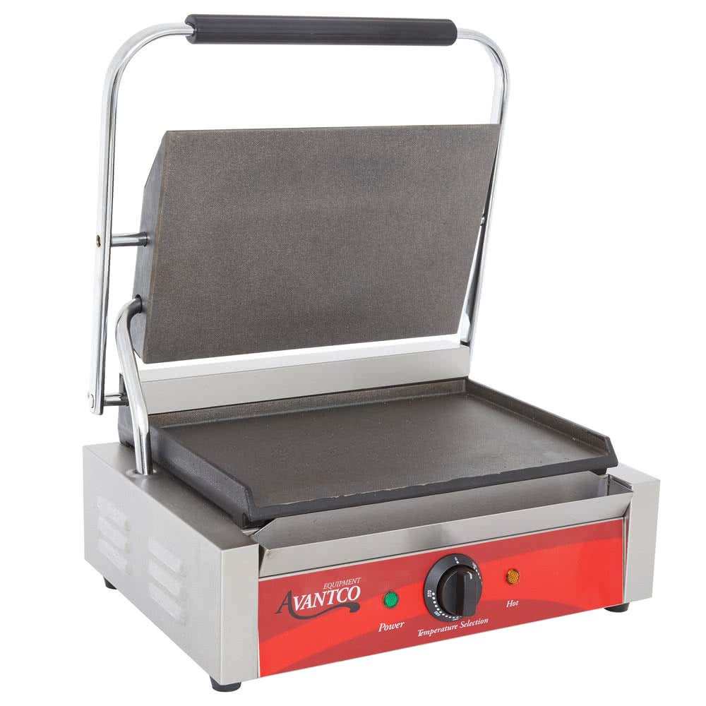 Avantco P70S Commercial Panini Sandwich Grill with Smooth Plates - 13'' x 8 3/4'' Cooking Surface - 120V, 1750W