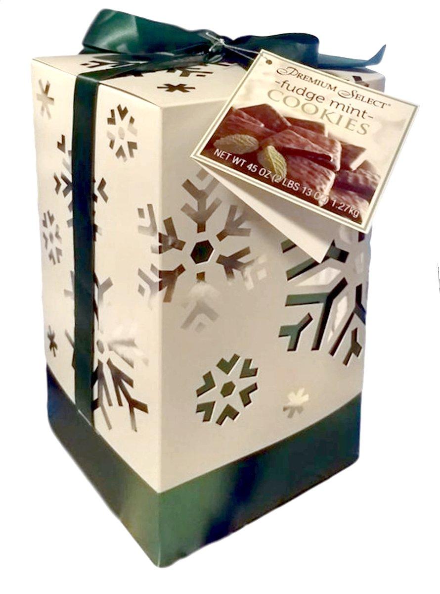 Premium Select Chocolate Fudge Mint Cookies in Decorative Snowflake Box 2 Pounds 13 Ounces (Green Snowflake) by Premium Select