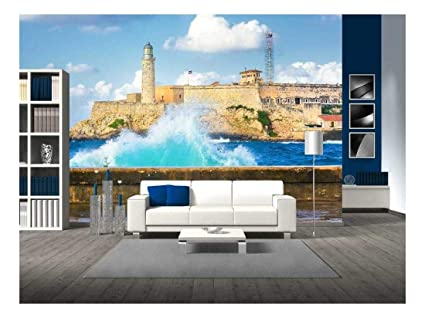 wall26 - Hurricane in Havana with a View of The Castle of El