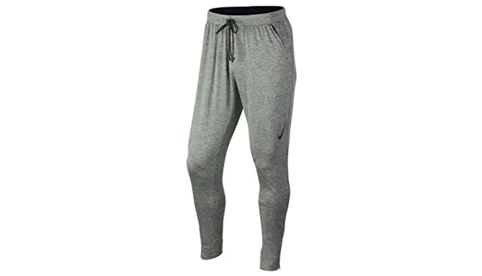 08fa17191adc Amazon.com  NIKE Ultimate Dry Knit Men s Training Pants (L