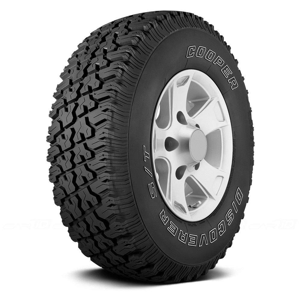 Amazon Com Cooper Discoverer S T Traction Radial Tire 285 75r16