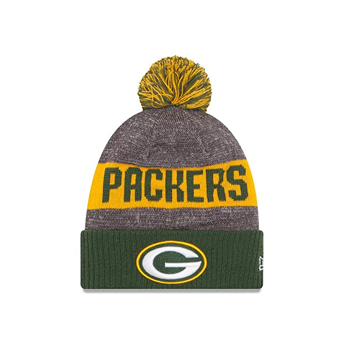 0b9ae63237625e Amazon.com : New Era Green Bay Packers 2016 NFL Sideline On Field Sport Knit  Hat - Green Cuff : Clothing