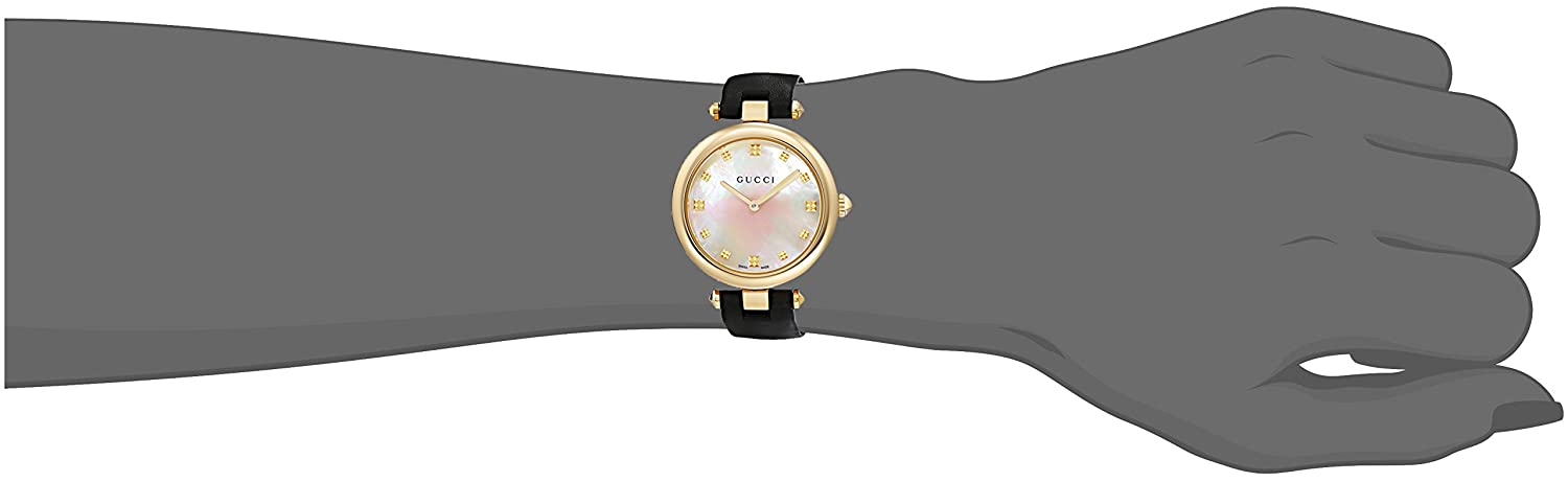 0f6d5184926 Gucci Diamantissima YA141404  Amazon.co.uk  Watches