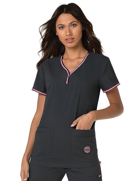 79e2c1403c8 Amazon.com: KOI Lite Women's Evolution V-Neck Scrub Top: Clothing