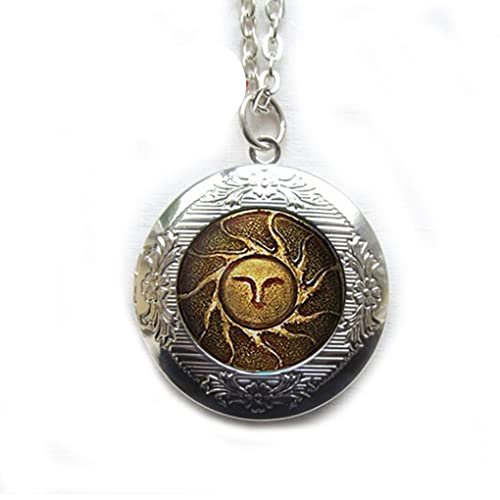 Dark souls solaire of astora sun locket necklace dark souls of dark souls solaire of astora sun locket necklace dark souls of astora sun locket necklace aloadofball Image collections