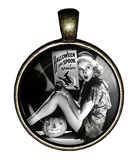 spooky stories necklace vintage halloween jewelry pin up gift pendant charm chaoticfashion