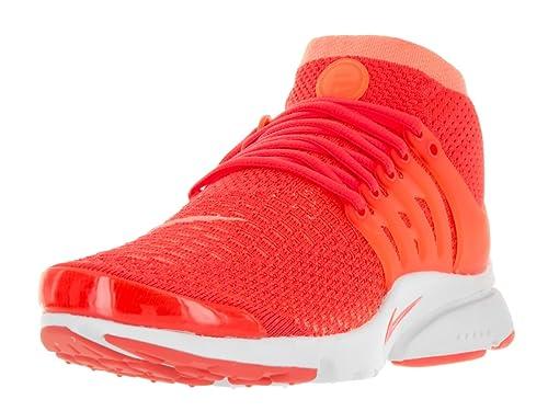 new arrival 2f1c2 d3ad5 Nike Women s Air Presto Flyknit Ultra Bright Mango Bright Crimson Running  Shoe 9. 5 Women US  Amazon.in  Shoes   Handbags