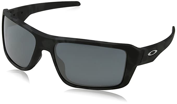 c1c2b09345 Oakley Double Edge Prizm Sunglasses - Men s at Amazon Men s Clothing ...