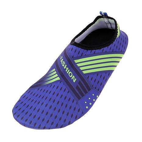 MagiDeal 1 Par Hombres Mujeres Zapatos de Agua Zapatos de Natación Descalzos Playa Calcetines Agua -