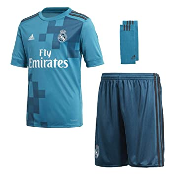 511f2ca63 adidas Children s 3 Y Real Madrid Football Kit  Amazon.co.uk  Sports ...