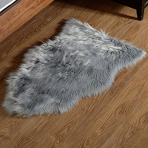 Gray Fur (Area Rug, Fuzzy Soft Sheepskin Kids Carpet Chair Cover with Super Fluffy Thick Decorativeas Throw Faux Rug in Bedroom, Living Room (Grey 2ft x 3ft))