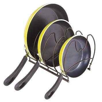 mDesign Organizadores de sartenes – Elegantes accesorios para muebles de cocina – Estanterías para cocina para organizar sartenes y tapas de ollas – ...