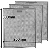 SPARES2GO Universal Cooker Hood Metal Mesh Grease Filter for Kitchen Extractor Fan Vent (Pack of 3 Filters, Silver, 300 x 250 mm)