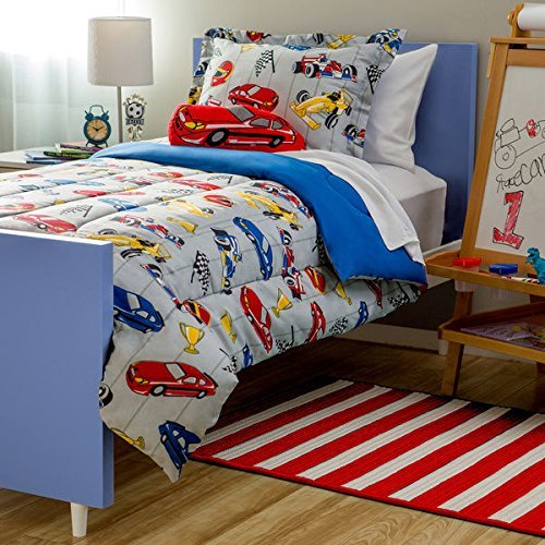 8 Piece Full Sized Racer Car Comforter and Sheet Set Bed in a Bag with Bonus Stuffed Toy (Youth Beds For Boys)