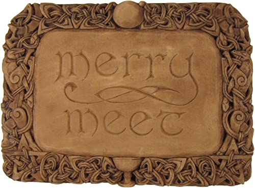 Dryad Design Merry Meet Wall Plaque Wood Finish