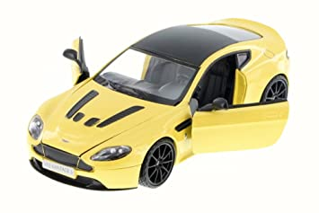 Buy Motor Max Aston Martin V12 Vantage S Coupe Yellow 79322yl 6 1 24 Scale Diecast Model Toy Car Online At Low Prices In India Amazon In